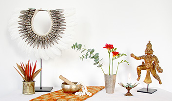 Decor and ritual objects by Kronbali